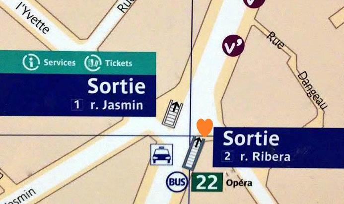 Paris metro sortie, exit, Jasmin